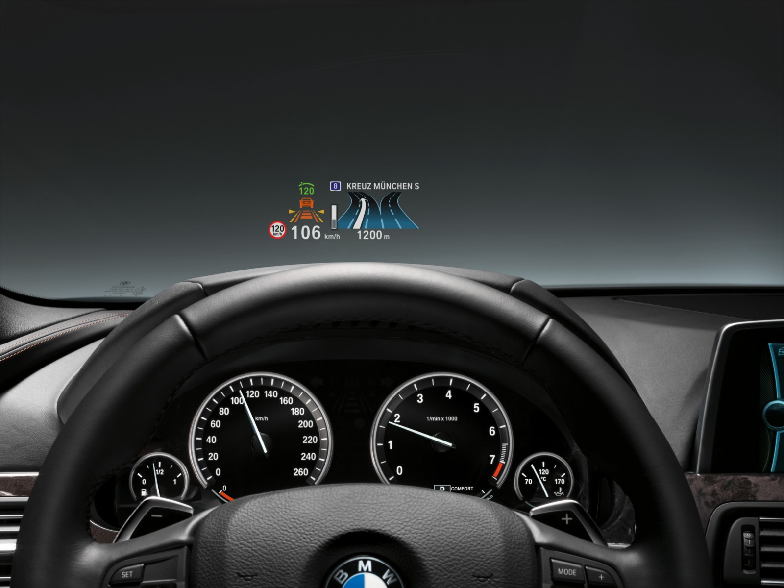 video how can bmw 39 s head up display support driving. Black Bedroom Furniture Sets. Home Design Ideas