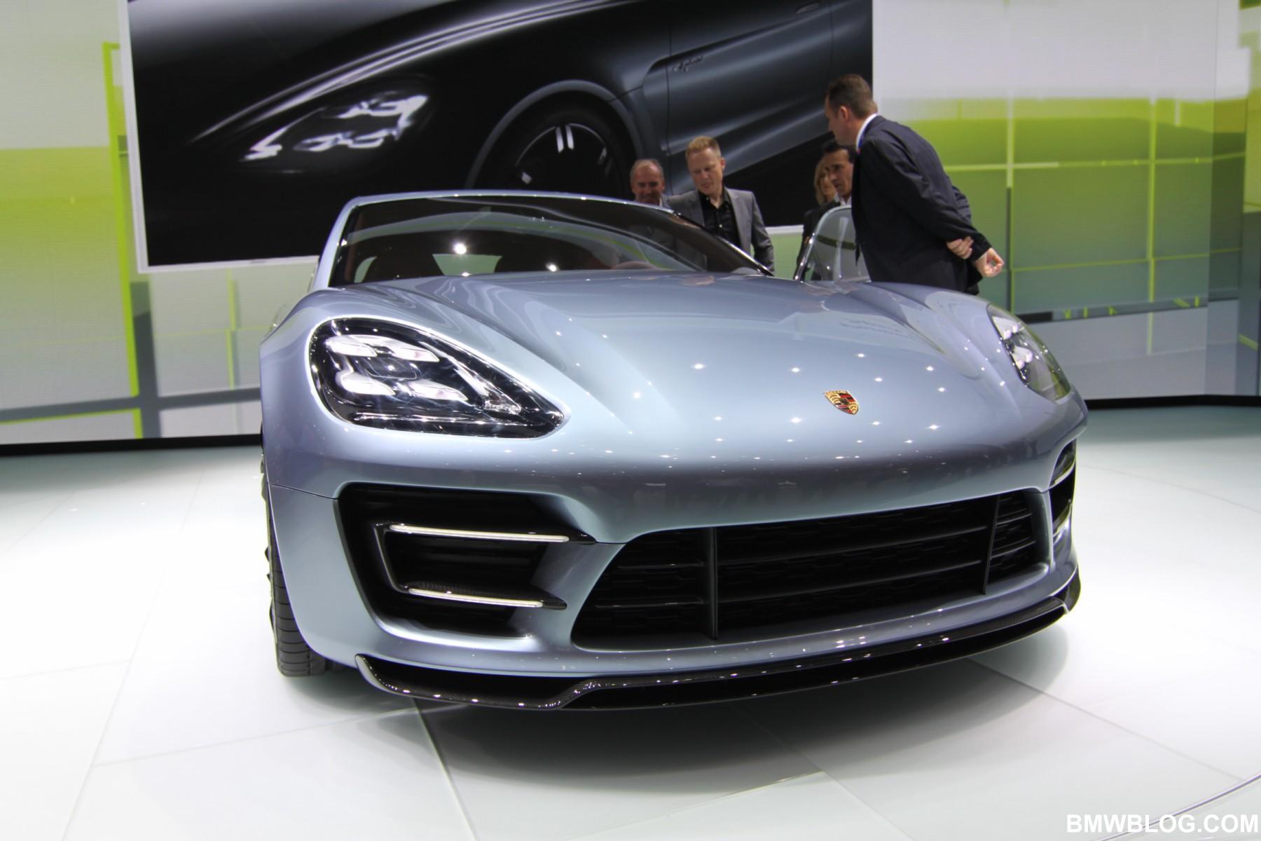 Porsche Panamera Sport Turismo 30