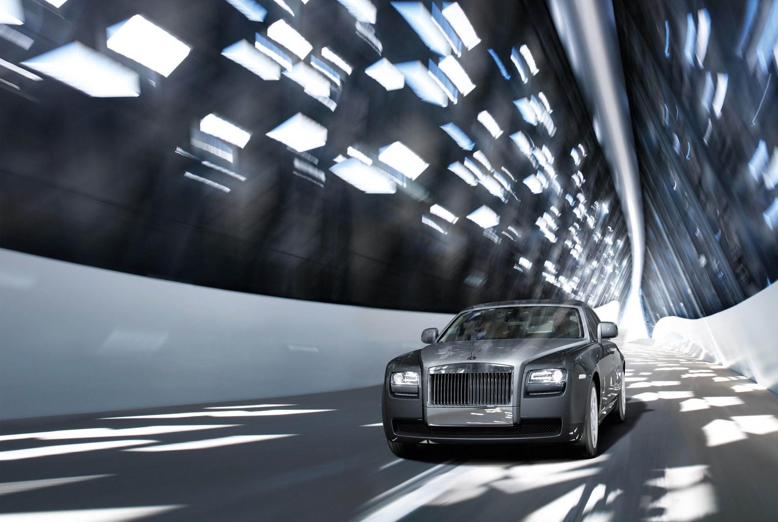 Rolls Royce Ghost photosi 33