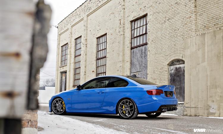 Stunning Santorini Blue BMW E92 M3 Image 2 750x450