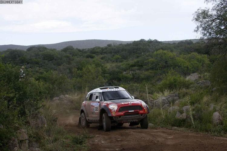 X Raid Dakar 2011 Stage2 01 750x500