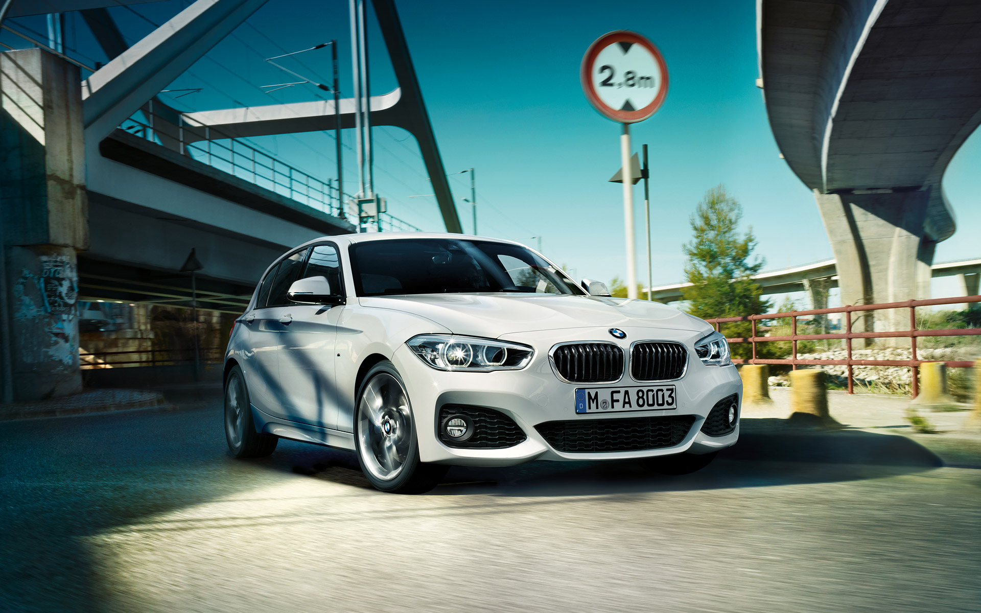 bmw 1 series wallpaper 1920x1200 01