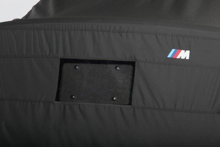 bmw 1m cover 1 750x500