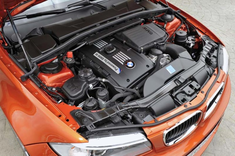 bmw 1m engine 750x500