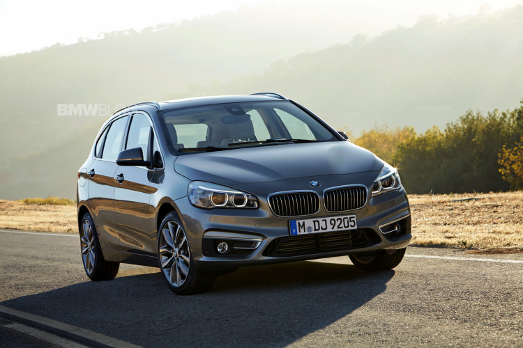 bmw 2 series active tour exterior 24 750x500