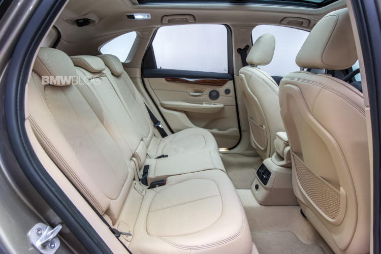 bmw-2-series-active-tour-interior-11