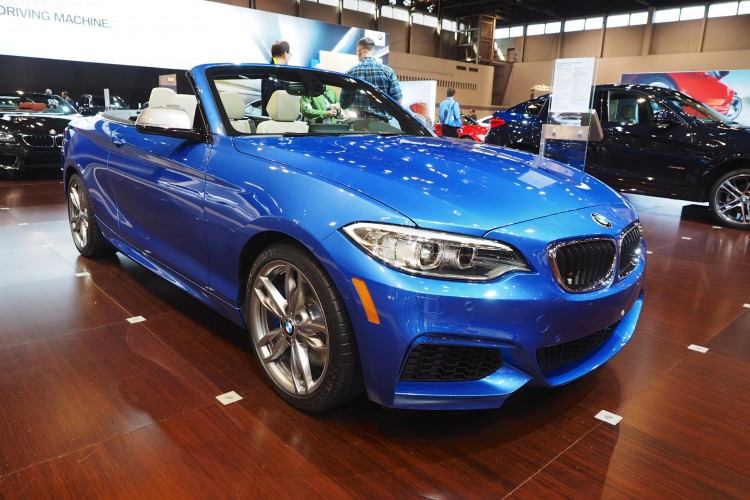 bmw 2 series convertible 2015 chicago auto show images 22 750x500