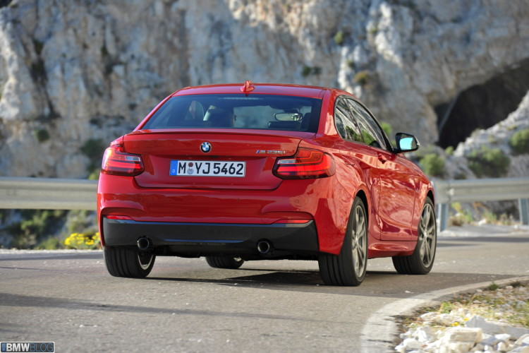 bmw-2-series-coupe-images-high-resolution-23