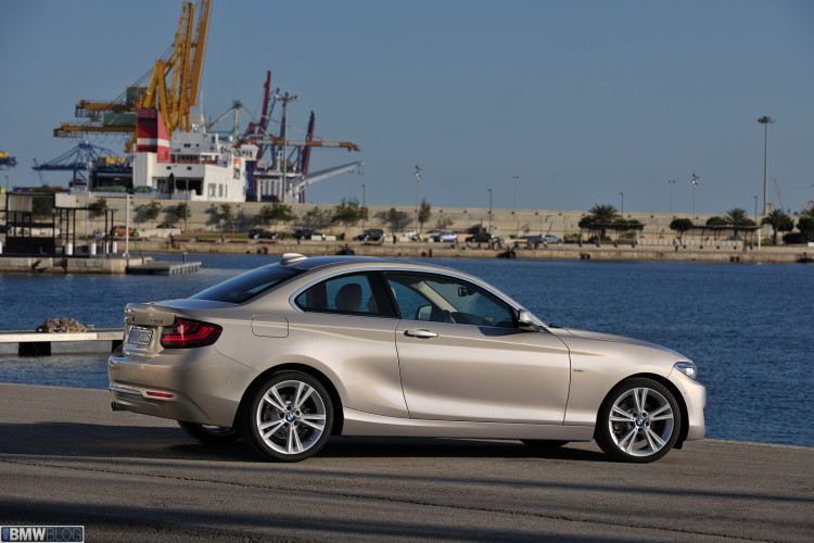 bmw-2-series-coupe-images-high-resolution-24