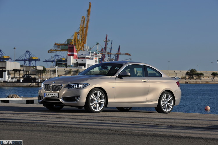 bmw-2-series-coupe-images-high-resolution-34