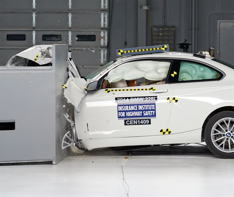 Bmw 2 Series Gets Iihs Top Safety Pick