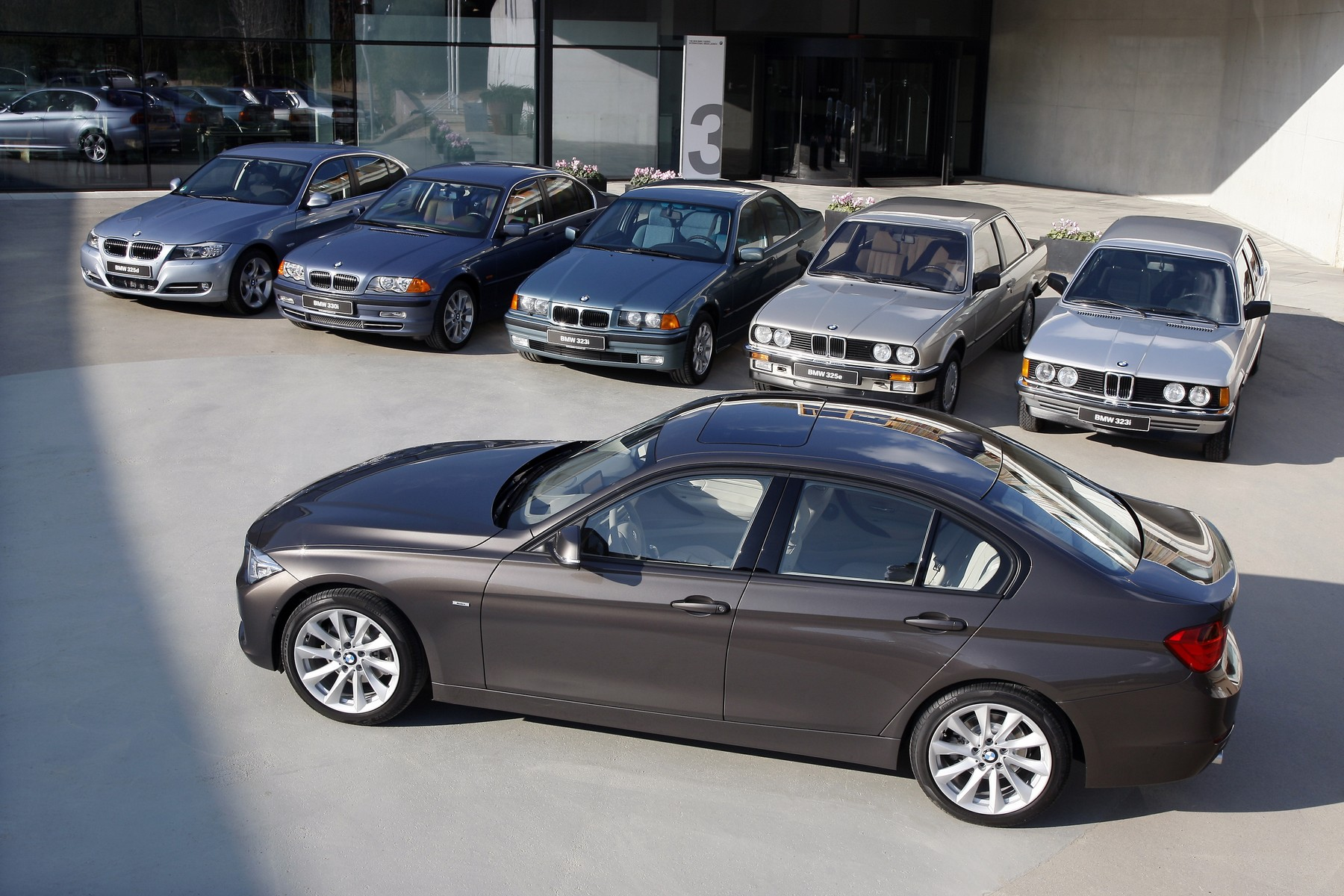 bmw 3 series generations 01