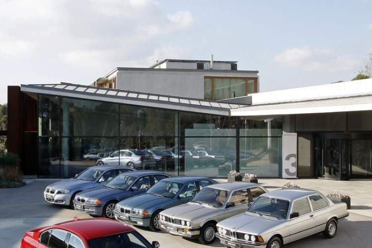 bmw 3 series generations 02 750x500