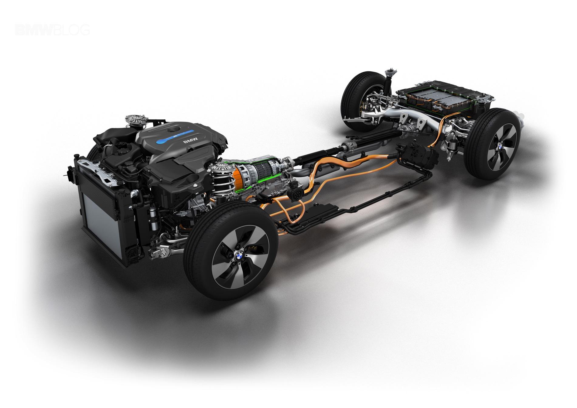 World Premiere Bmw 3 Series Plug In Hybrid Prototype