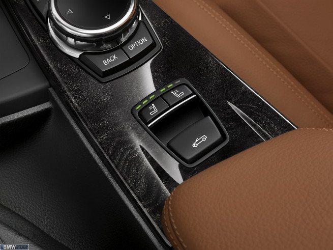 bmw-4-series-convertible-interior-images-17