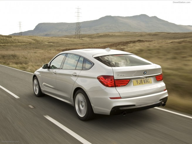bmw-5-series-gran-turismo-m-sport-2011-exotic-car-03-of