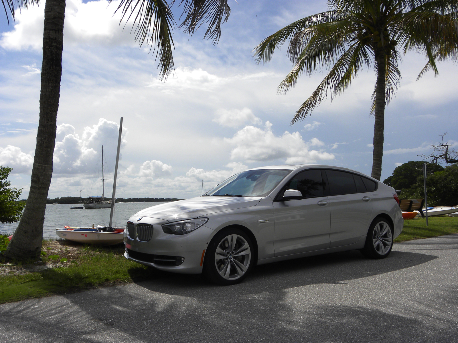2012 bmw 550i gt xdrive review