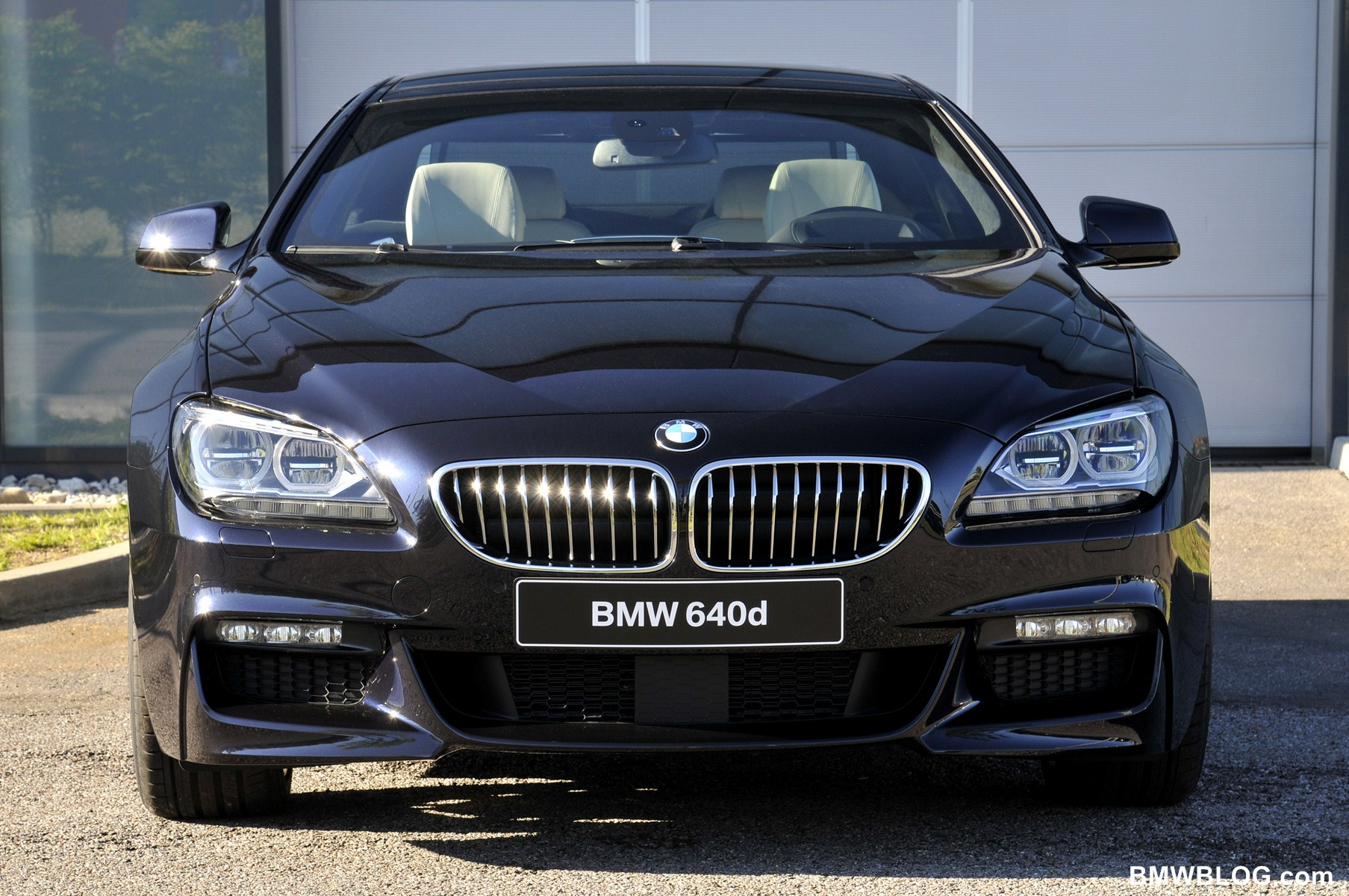 World Premiere: 2012 BMW 6 Series Coupe with M-Sport Package