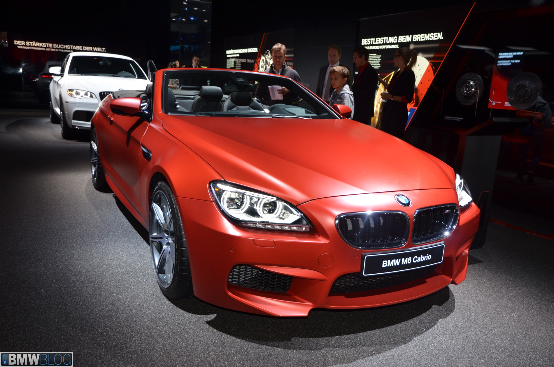 2013 frankfurt auto show bmw m6 convertible and bmw m6 gran coupe. Black Bedroom Furniture Sets. Home Design Ideas