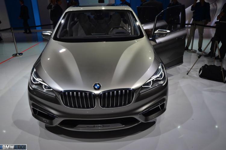 World Premiere - 2012 Paris Motor Show: BMW Concept Active Tourer