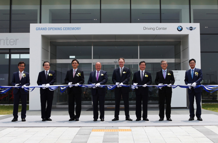 bmw driving center korea 2 750x492