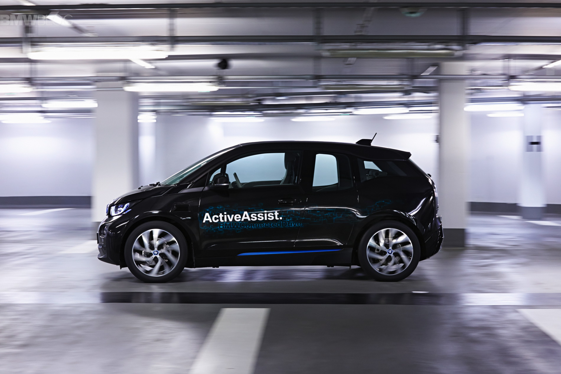 bmw fully automated parking 04