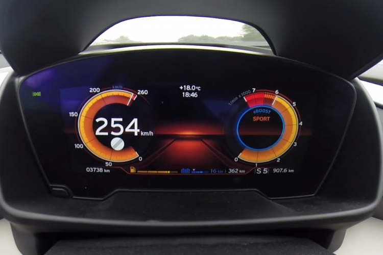 Bmw I8 Top Speed >> Bmw I8 Goes From 0 To 254 Km H