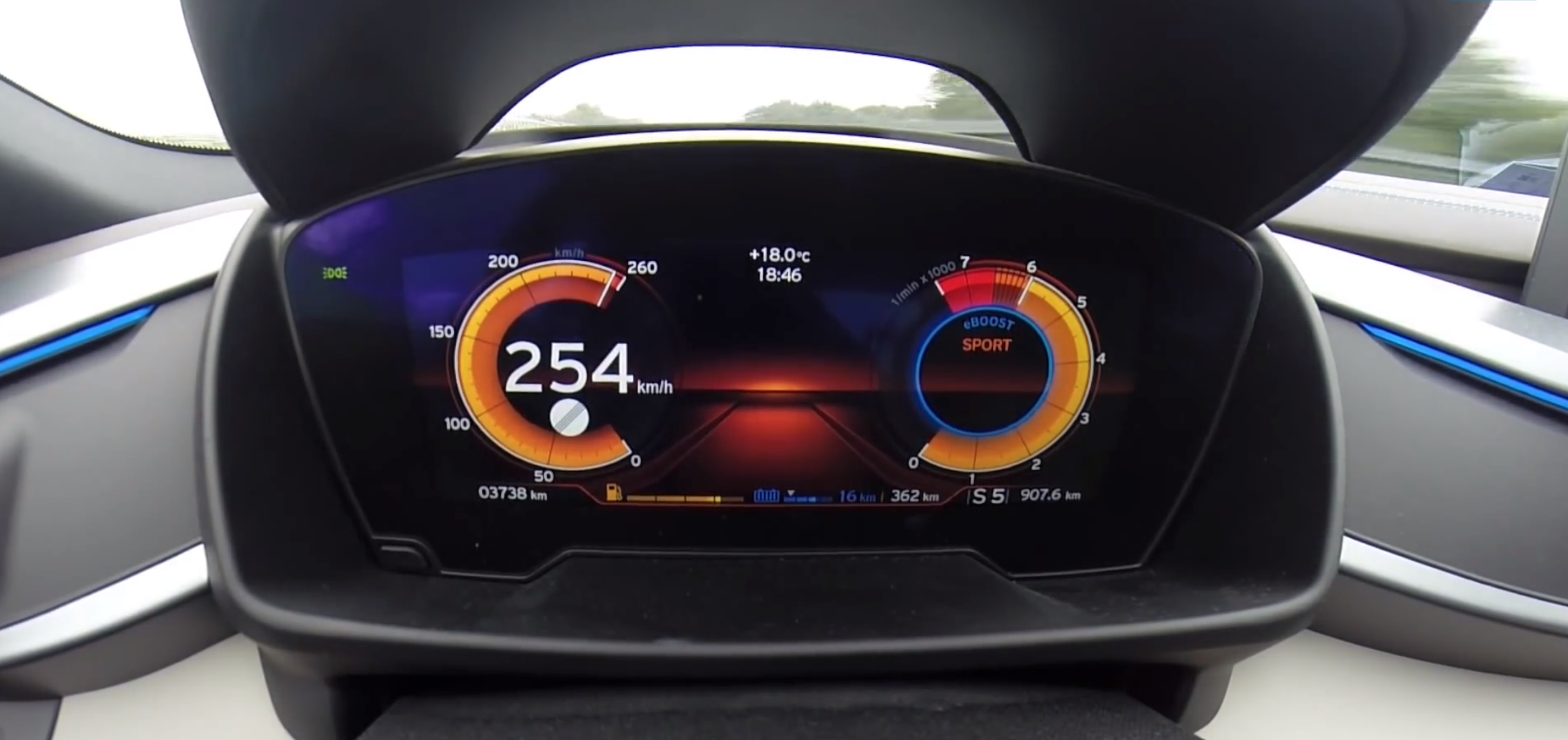 Bmw I8 Goes From 0 To 254 Km H