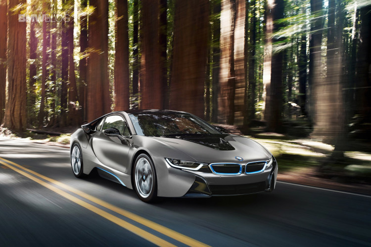 bmw i8 auction pebble beach 0 750x500