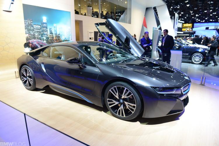 bmw i8 detroit auto show 25 750x500
