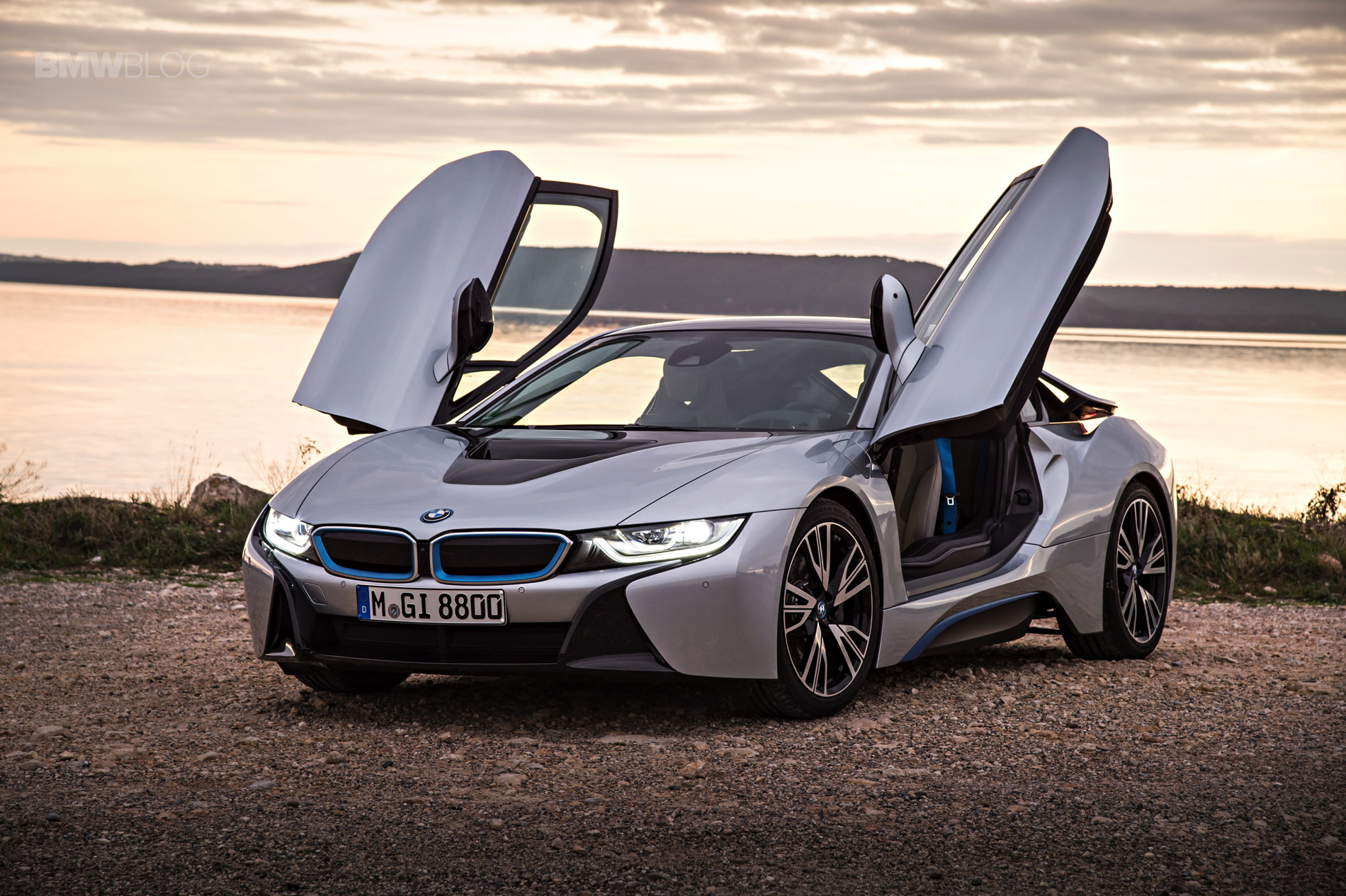 bmw i8 laser lights images 14