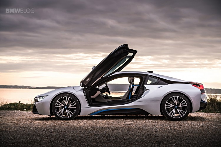bmw i8 laser lights images 17 750x500