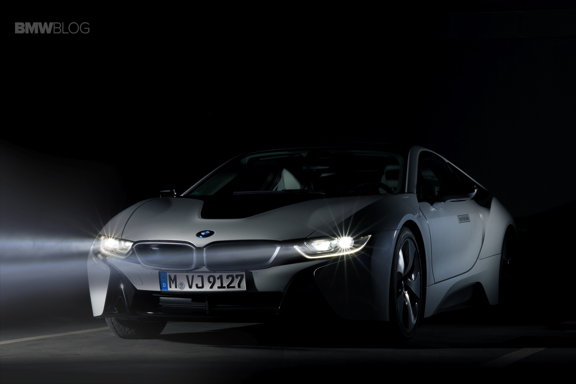 Our Experience With The Bmw I8 Laser Headlights At Night