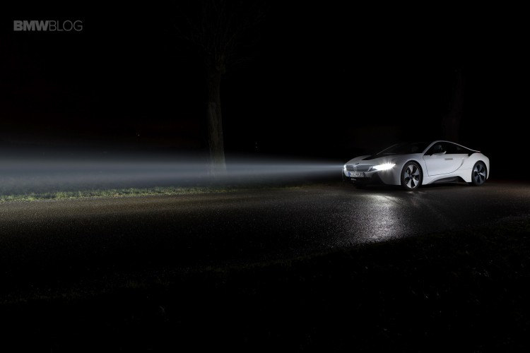 bmw i8 laser lights images 28 750x500
