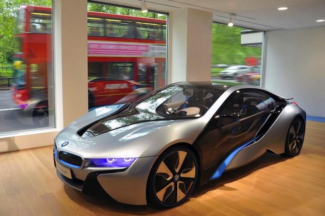 bmw i8 london store 655x436