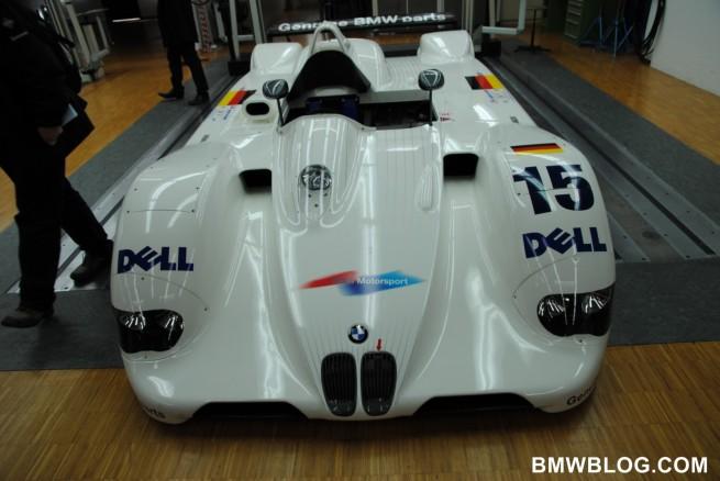 bmw m garage 271 655x438