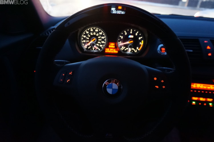 bmw-m-performance-steering-wheel-bmw-1m-03