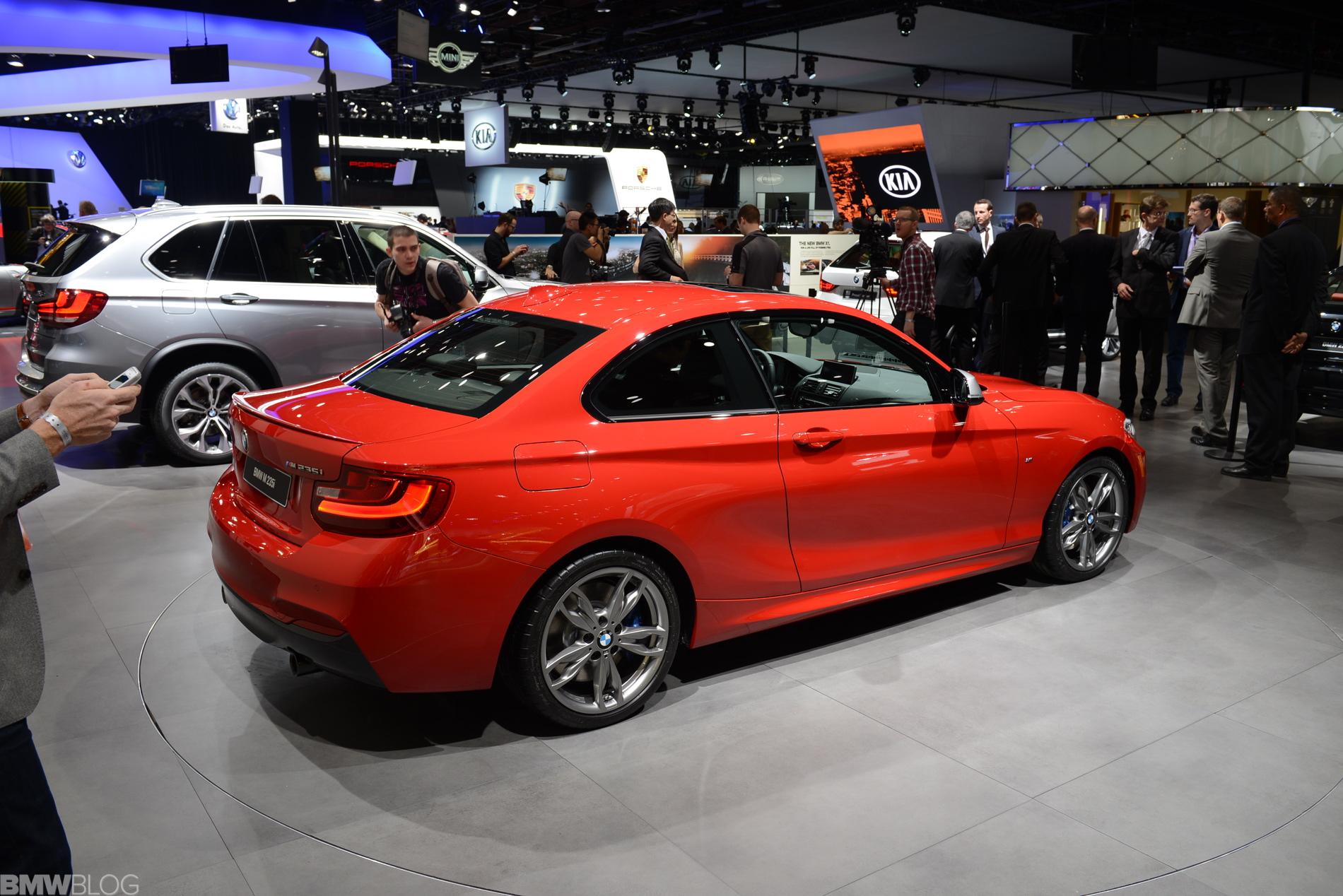 bmw m235i detroit auto show images 01