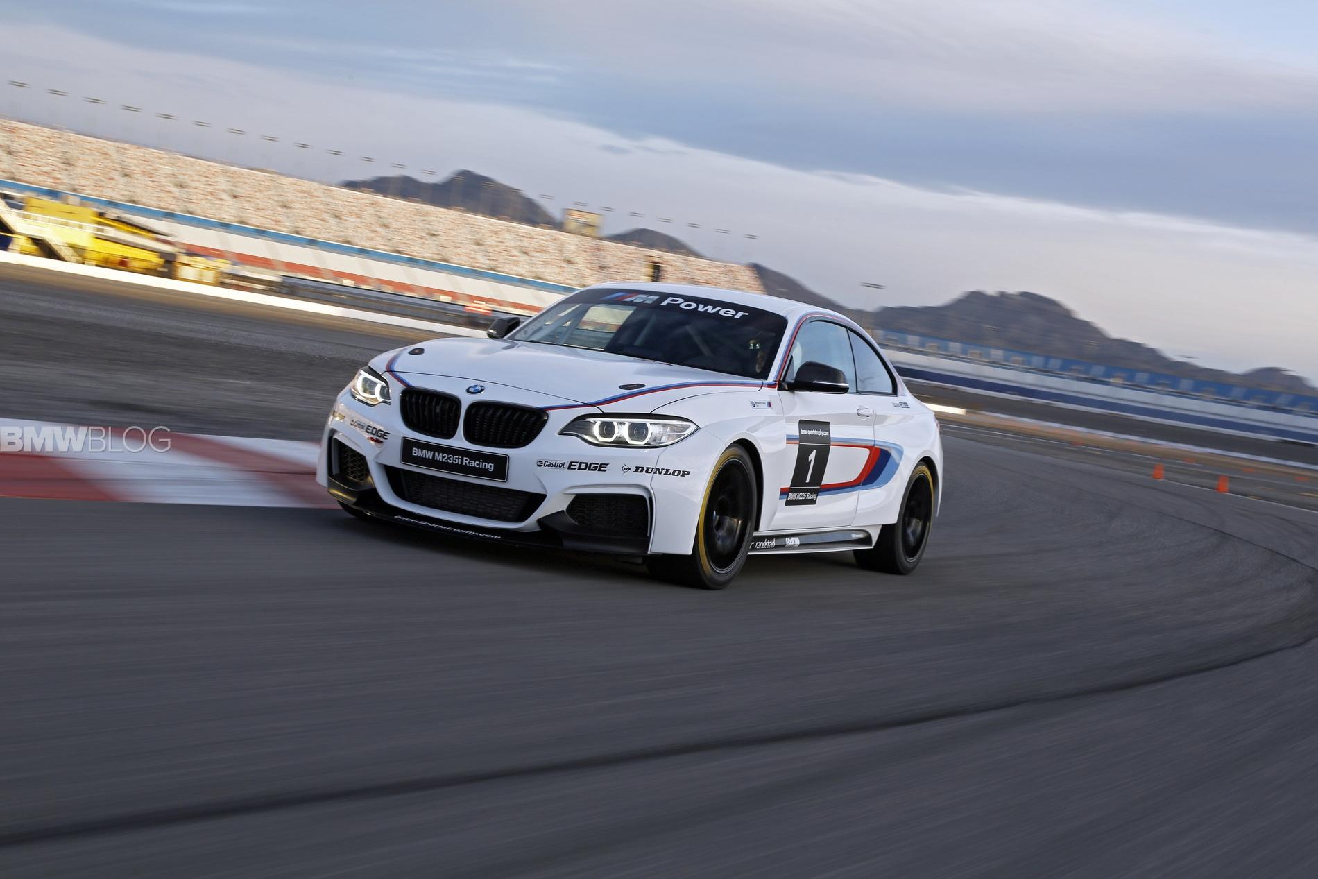bmw m235i race car track 01