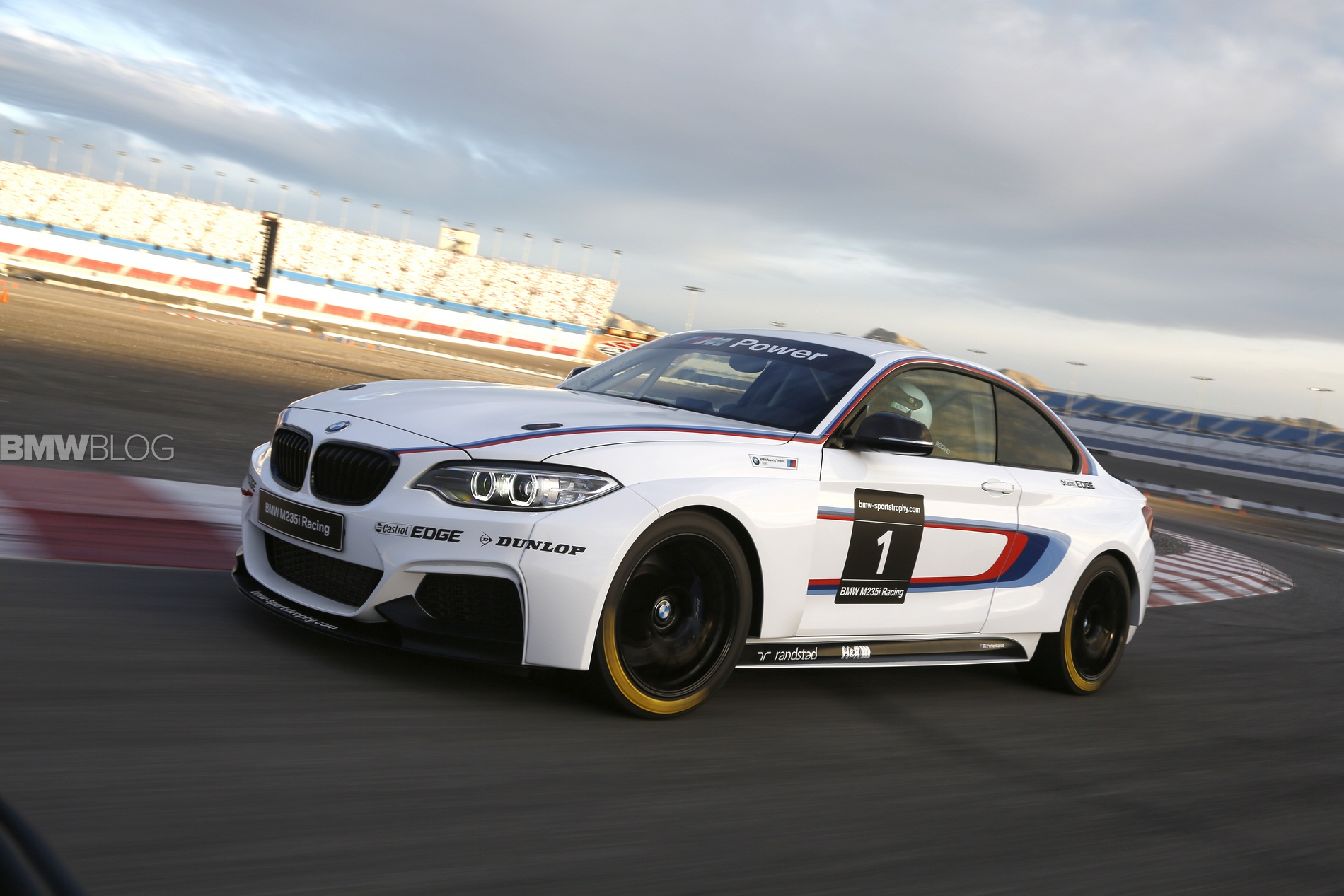 Bmw M235i Racing Video Shows Race Car Assembly In Leipzig