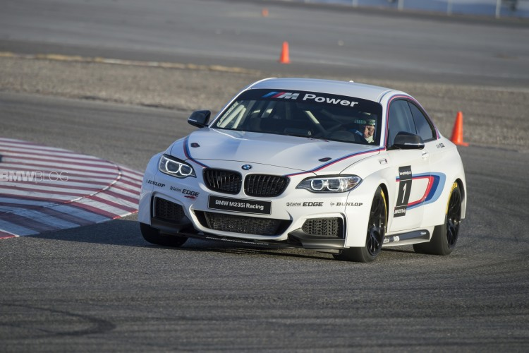 bmw m235i race car track 43 750x500