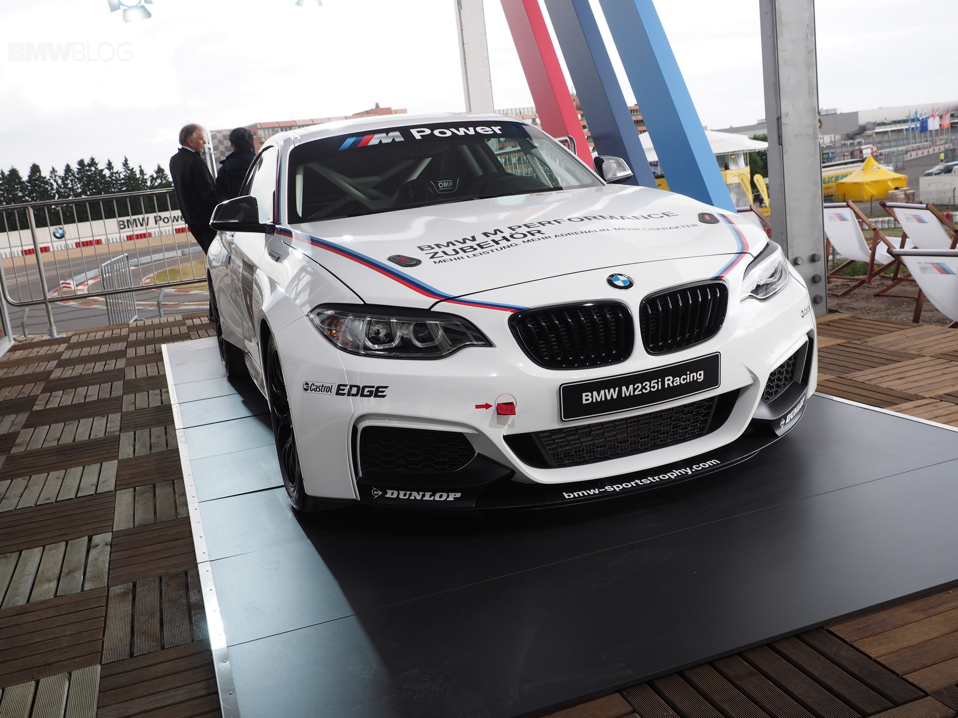 bmw m235i racing photo 2