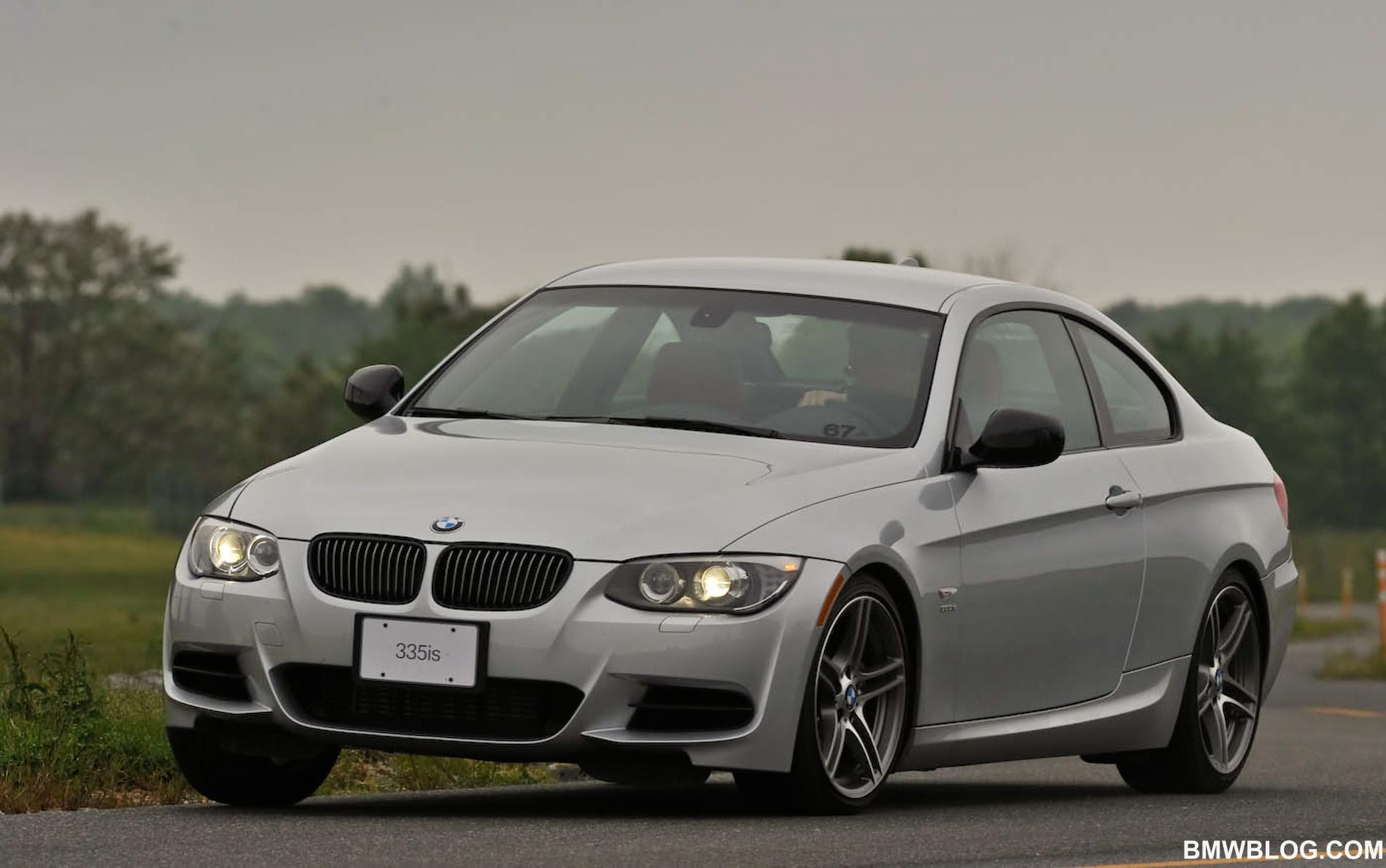 BMWBLOG On-Track Comparison: M3 vs 335iS - BMW\'s Sibling Rivalry