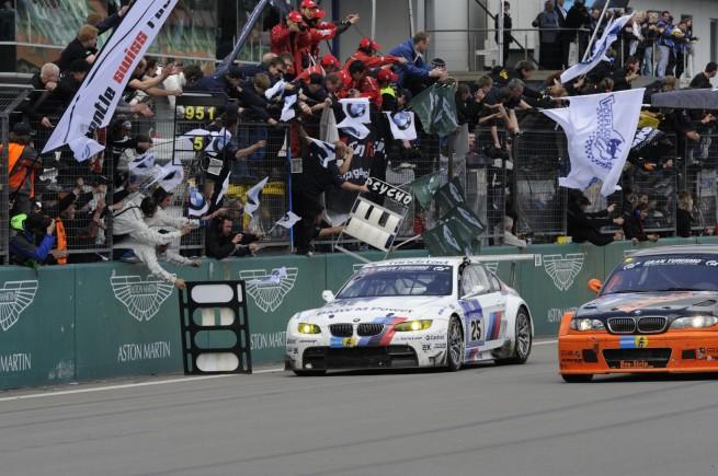 bmw nurburgring win 3 655x435