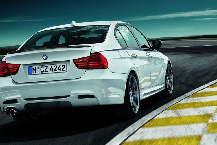 bmw performance 3 series 11 750x500