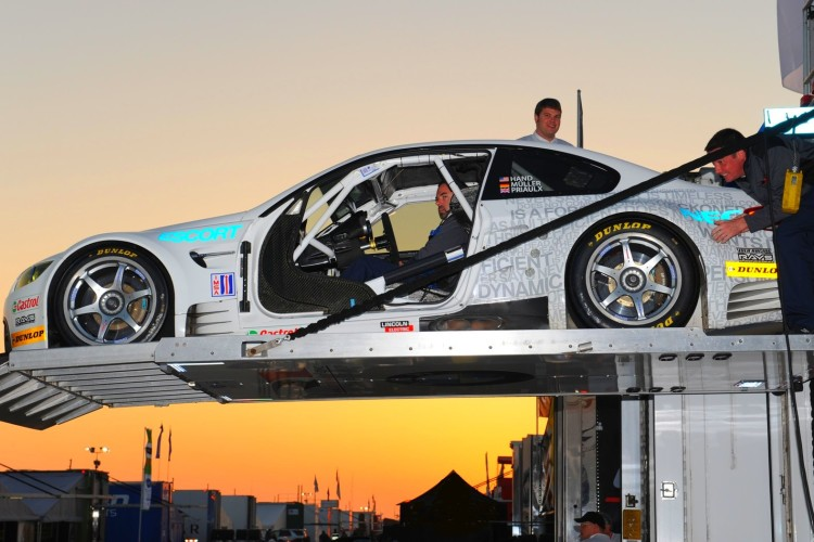 bmw racing 750x500