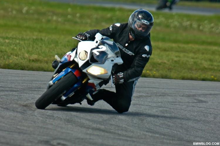 bmw s1000rr race track 17 750x498