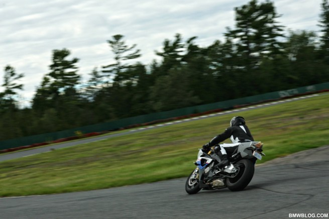 bmw s1000rr race track 51 655x436