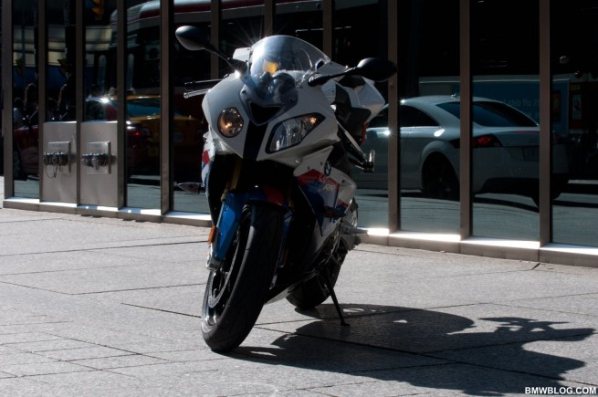 bmw-s1000rr-review-10
