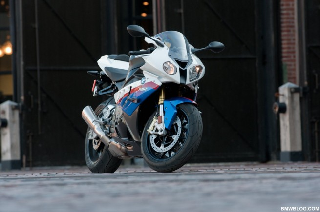 bmw-s1000rr-review-19